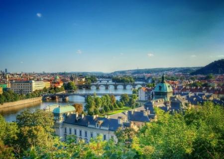 Bydlení v centru Prahy se stává pro mnohé nedostupným