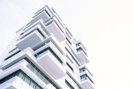 Byty zdražují pomaleji. Levnější hypotéky zlepšují dostupnost bydlení