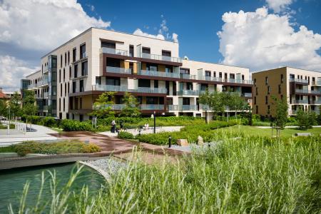 Ceny bytů jsou zpět na květnových maximech