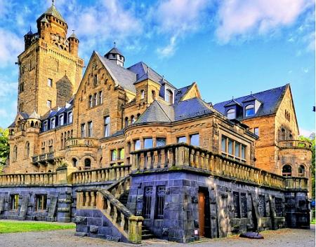 Chcete žít na zámku? Památky mají netušený potenciál