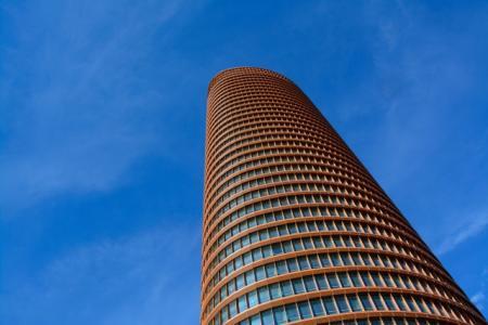 ČNB uvažuje o záporných sazbách. Co by to udělalo s cenami nemovitostí?