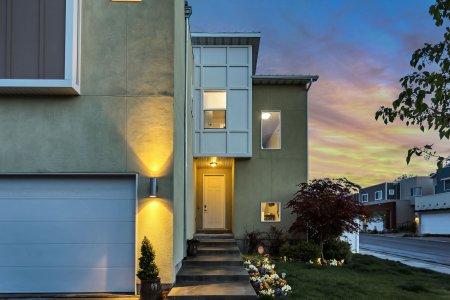 Nemovitostí k prodeji není na trhu dostatek. Reality zdražují i v menších městech