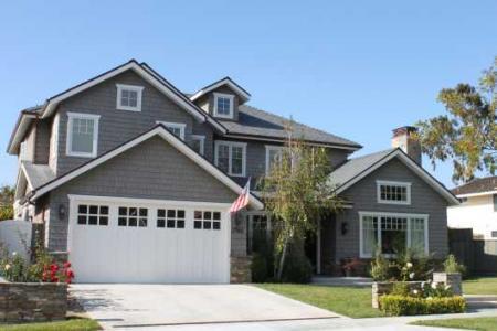 Nemovitosti v USA procházejí dramatickými výkyvy cen. Čeká to i Českou republiku?