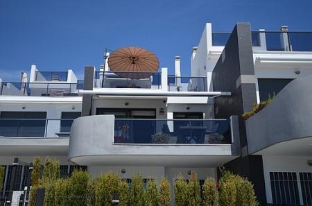 Poptávka po nemovitostech nepolevuje ani v létě. Ceny i nadále rostou