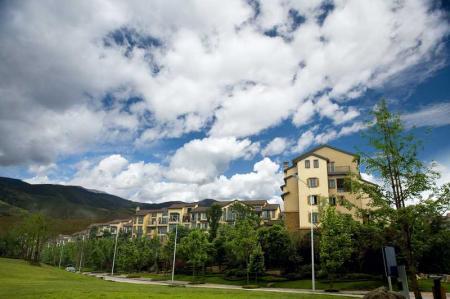 Prodej nových bytů v Praze zatím meziročně roste