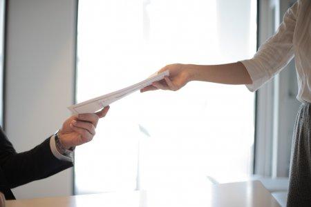 Realitní kanceláře mohou nadále poskytovat služby pro klienty
