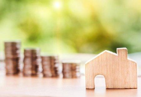 Sazby hypoték v červnu pokračovaly v dalším poklesu