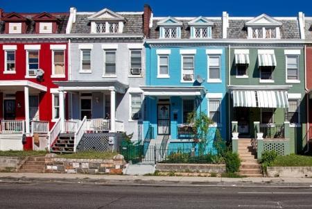 Vyplatí se opravovat starý dům, nebo je lepší šetřit na nový?