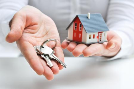 Zájem o hypotéky postupně klesá, sazby jsou nejvyšší za poslední čtyři roky